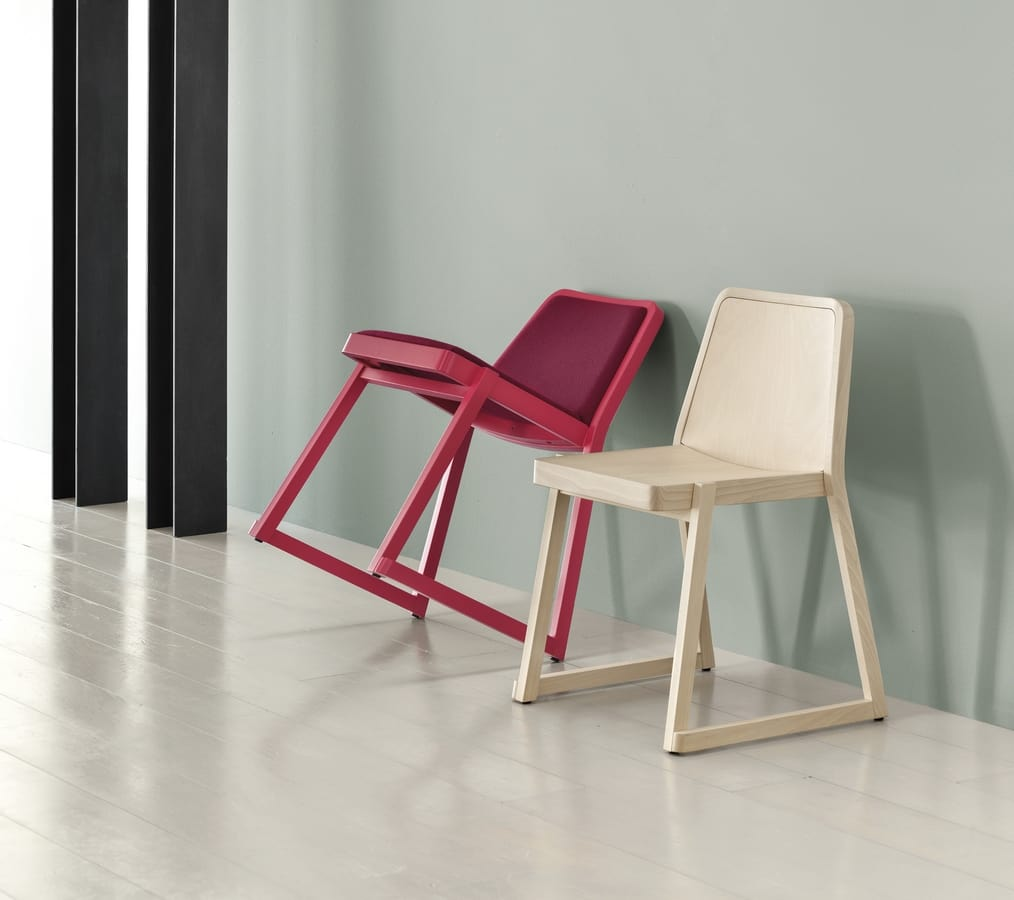 ART. 0040-LE ROXANNE, Elegant stackable chair in beech wood