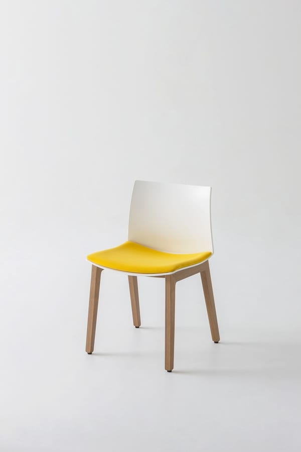 Kanvas 2 BL, Chair in beech wood with large seat