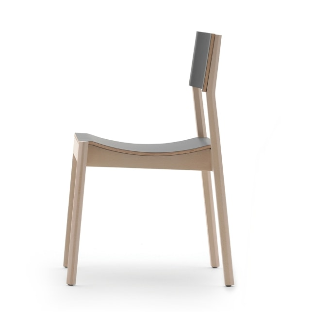 Maki 03714/03715, Wooden chair with curved seat