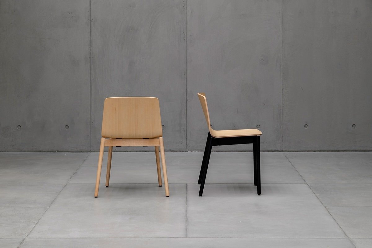 Rama wood, Stackable chair in solid wood