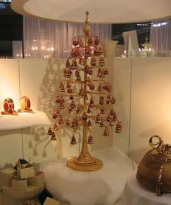 Christmas tree, Christmas tree decoration for the home and office