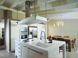 Gaia kitchen 113, Kitchen with island and decorative hood