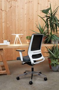 Logica White 01, White office chair
