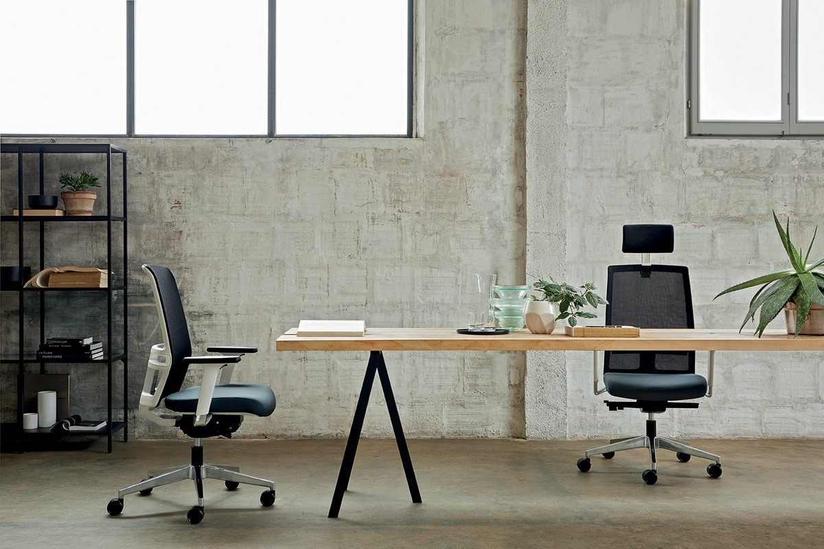 Omnia White 01 PT, Office chair with elegant white structure