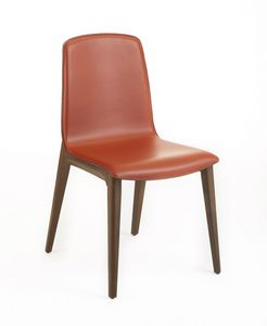 Marta, Chair with a modern design
