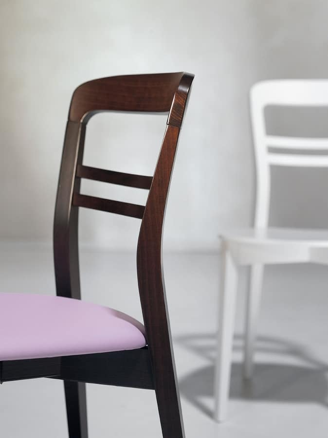 Minerva, Dining chair with padded seat
