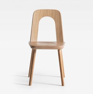 Arco, Wooden chair with a dynamic shape