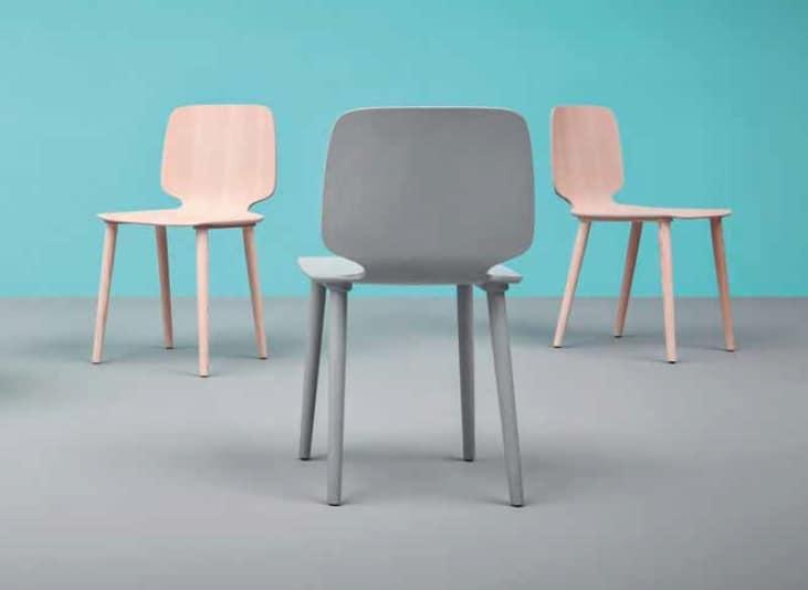 Babila, Elegant and modern chair in wood