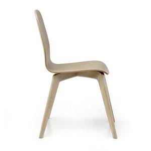Mil� Wood, Wooden chair, with a clean design