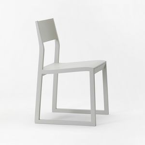 Sciza, Versartile chair in solid wood