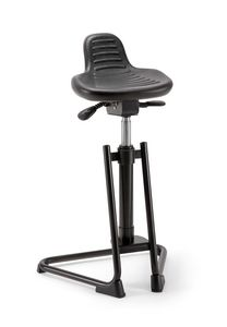 Confort 06, Stool with sled base