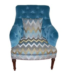 Wally, Classic armchair with quilted screen