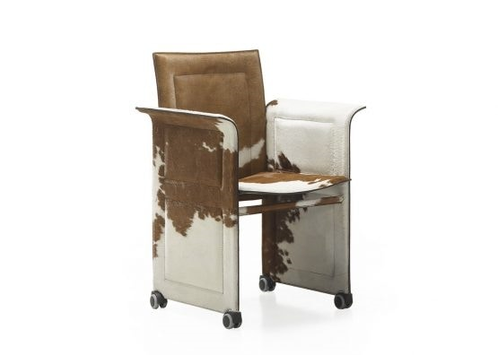 419 Pony, Armchair with and without castors