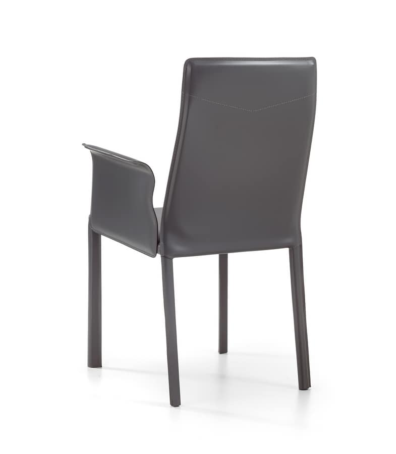 Ara br, Modern chair, entirely covered with leather