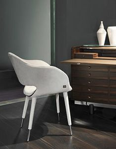 Charme Plus, Armchair in removable leather