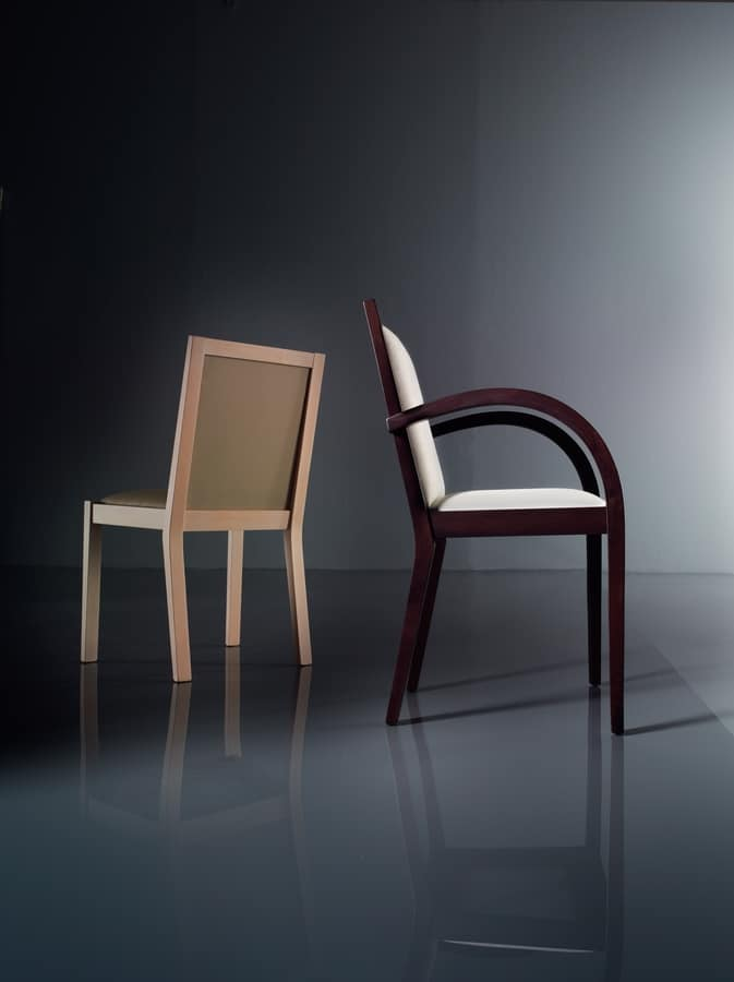 ART. 192 LUNA, Chair with padded armrests, in beech, for living rooms