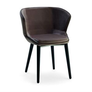 Baxi PTW, Padded armchair with wooden structure