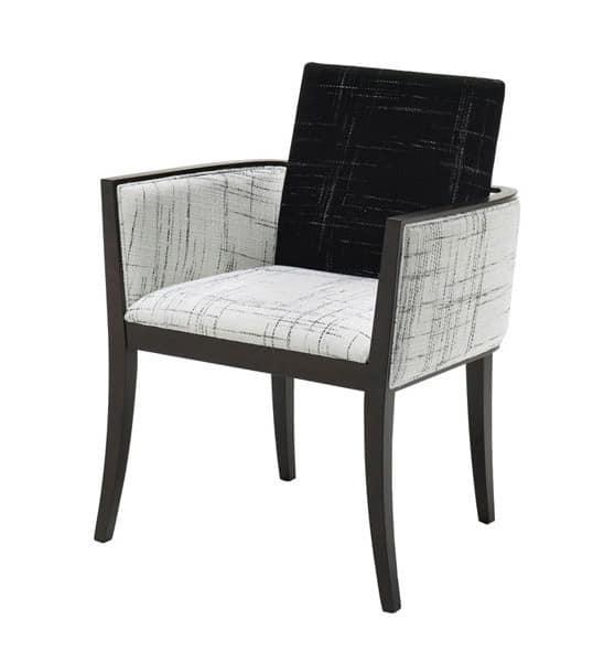 C23, Armchair in beechwood, padded, for restaurants