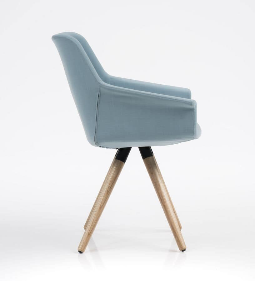 Dama, Elegant chair, wooden base, for offices and restaurants