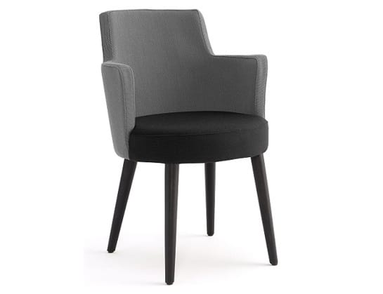 Ebe-P, Armchair with a rounded shape