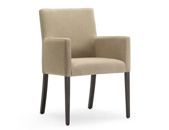 Guenda-P, Small armchair for restaurants and hotels