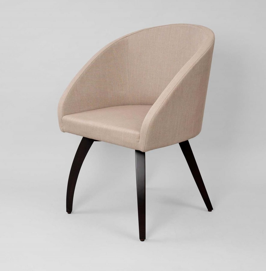M46, Armchair with curved legs in wood