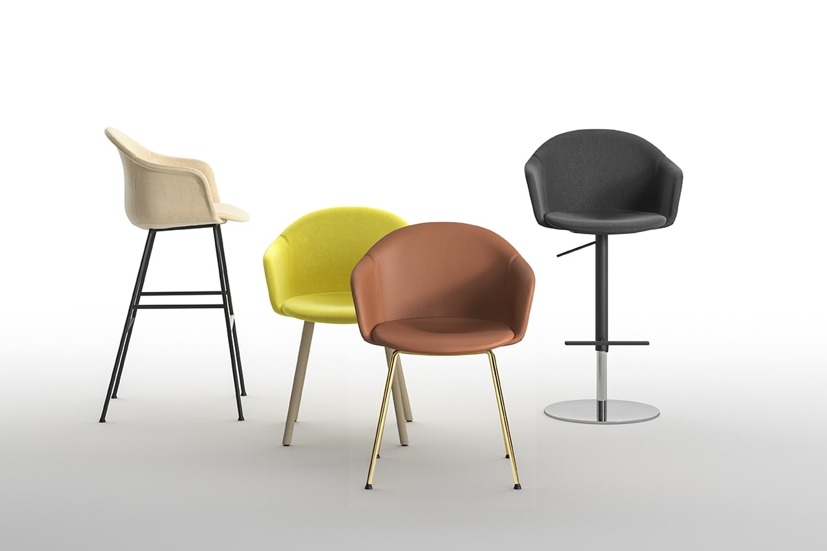 Máni Armshell fabric 4WL, Enveloping armchair, with wooden legs