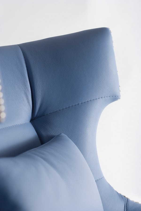 DEVON CHAIR 049 S, Chair rich in shapes