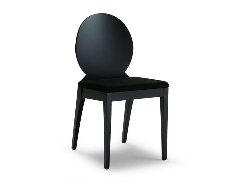MONIA OVALE, Chair made of beech wood with oval backrest