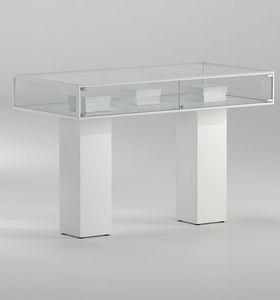 ALLdesign plus 5/PLP, Display showcases, with two white columns
