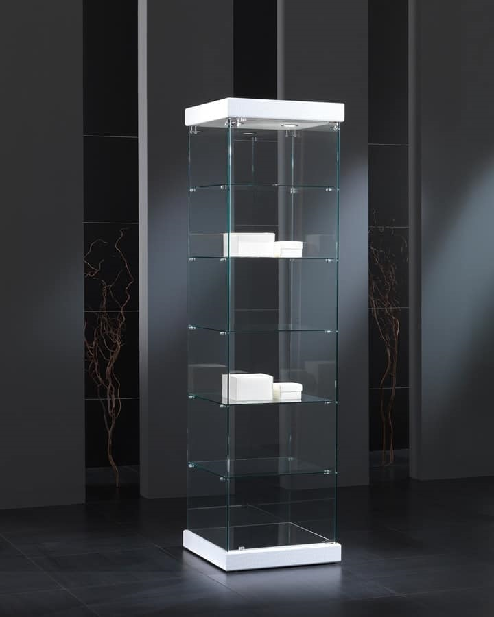 Black&White 5/S, Showcase in tempered glass, with a square base