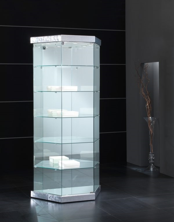 Black&White 9/TR, Leather display cabinet with trapezoidal base