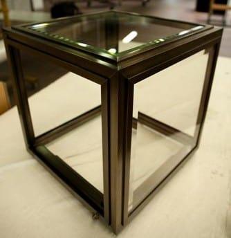 Display cabinet for jewelry, Custom-made jewelery showcase