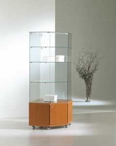 Laminato Light 7/18M, Corner display cabinet with castors