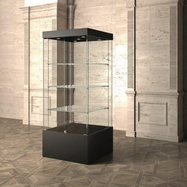 Museum MU/80, Showcase with glass shelves