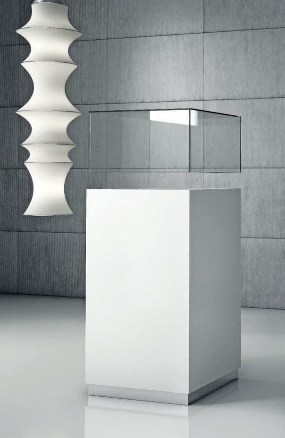 Quadratum Q/50 – Q/50CC, Cabinet with glass or plexiglass display case