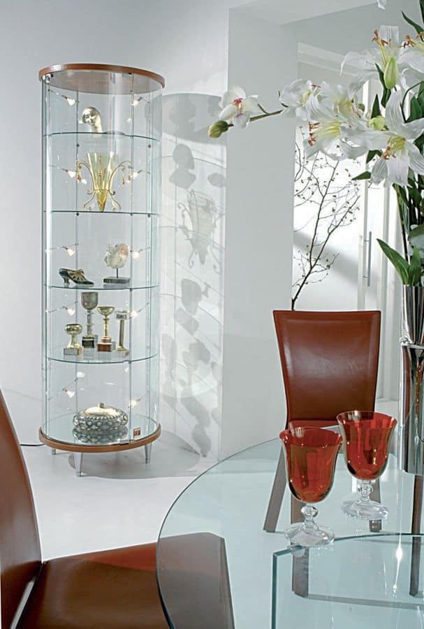 Glass showcase, for shops and living rooms | IDFdesign