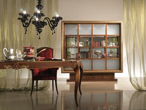 VL20 Dandy, Golden framed glass cabinet