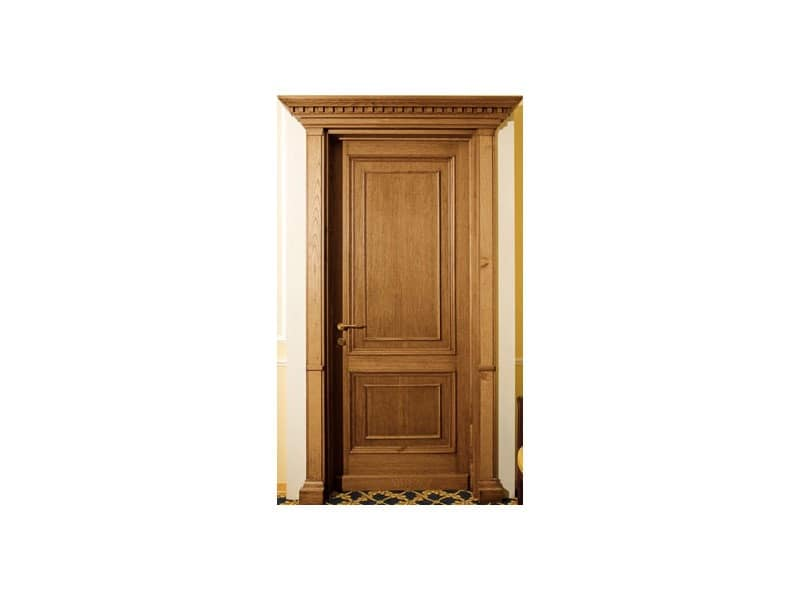 Firenze, Stately door with capitals in solid oak, suitable for luxury hotels