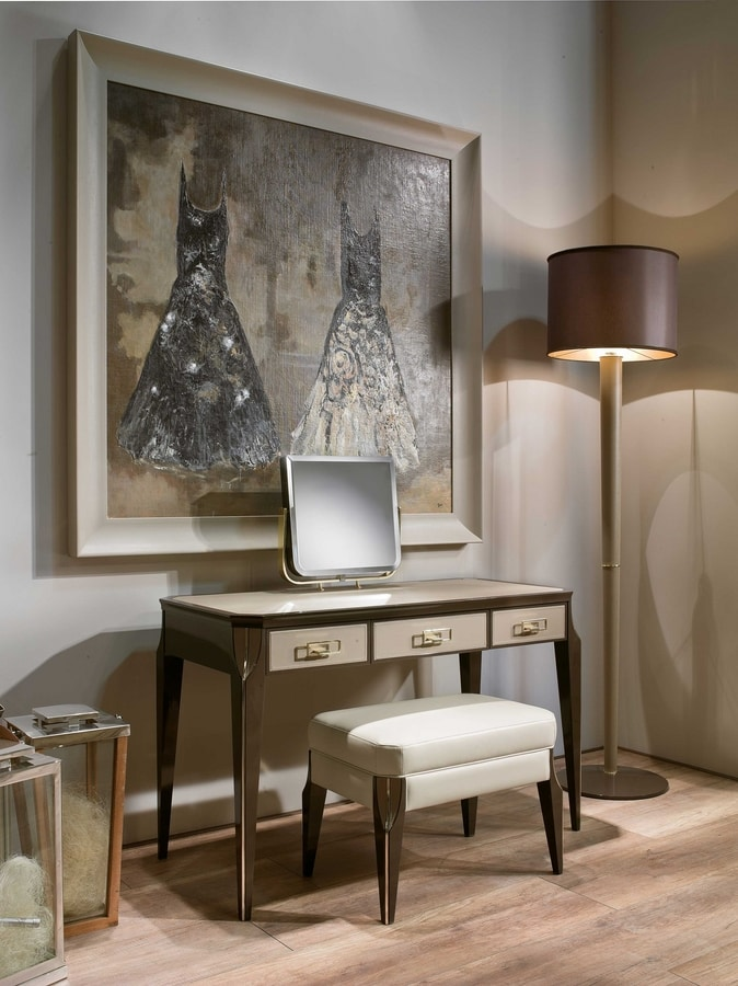 ART. 3356, Dressing table with adjustable mirror