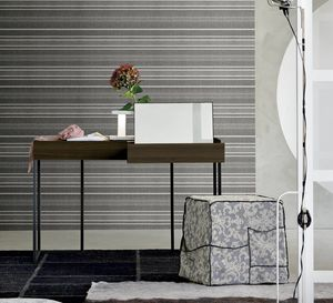 Replay, Dressing table with hidden mirror