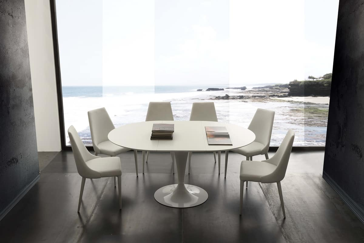 Art. 643 Island, Extending table with round top that becomes elliptical