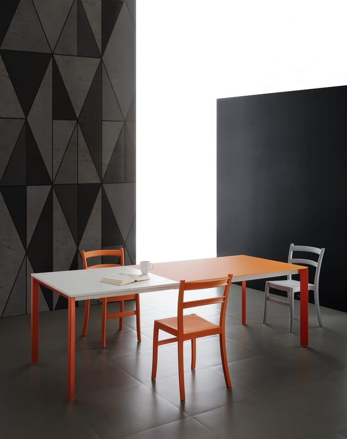 s06 lancillotto, Extendable dining table