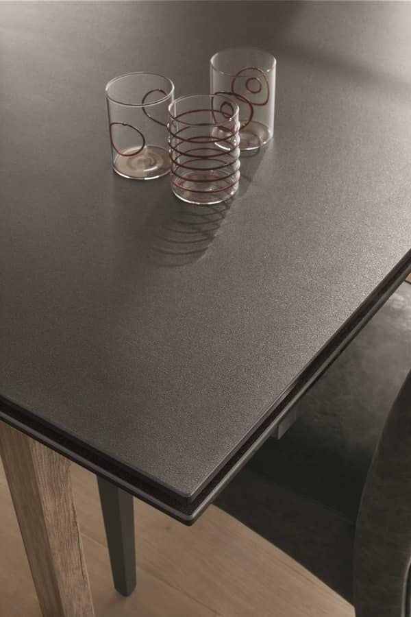 STRATOS TA504, Extendable table with legs in laminate and top in GRES