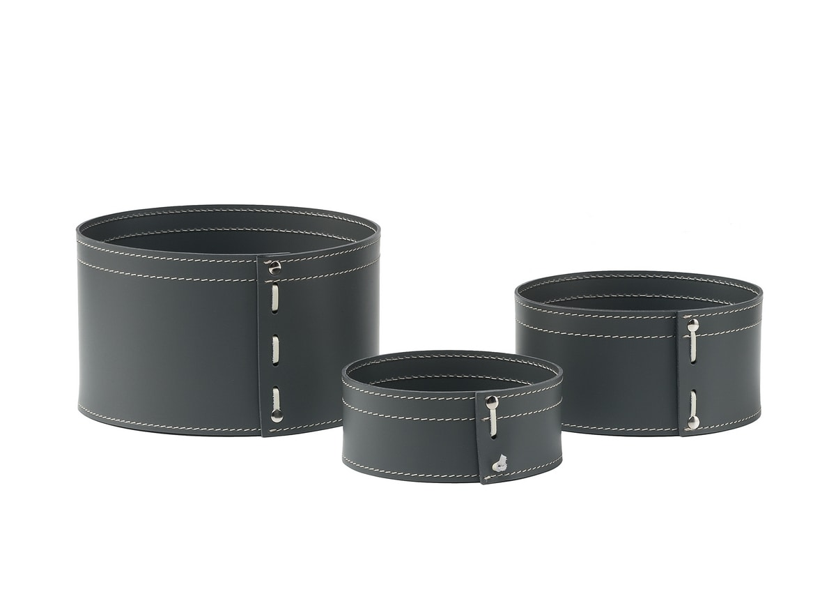 Funny, Cylindrical container in leather, with visible seams