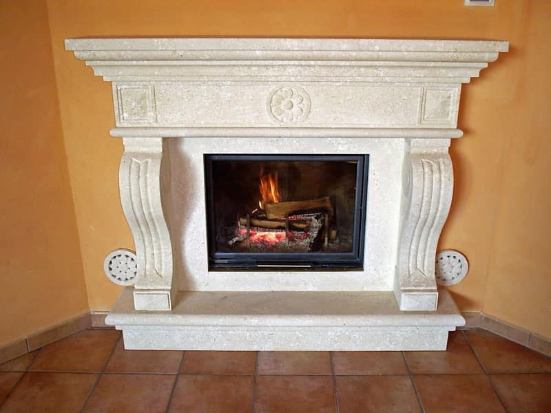Fireplace Livorno, Structure made of in Vicenza white stone for fireplace
