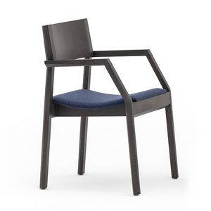 Maki 03722, Armchair in wood with upholstered seat