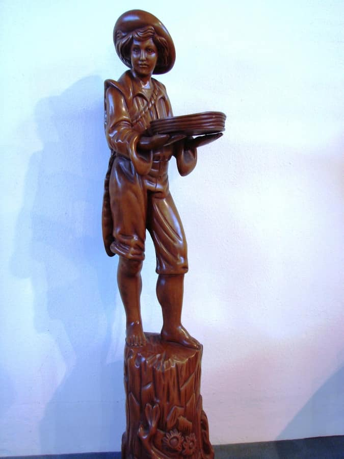 Art. 161, Wood statue in the shape of a pag