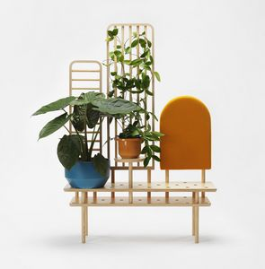 Etta screen, Multifunctional piece of furniture in wood
