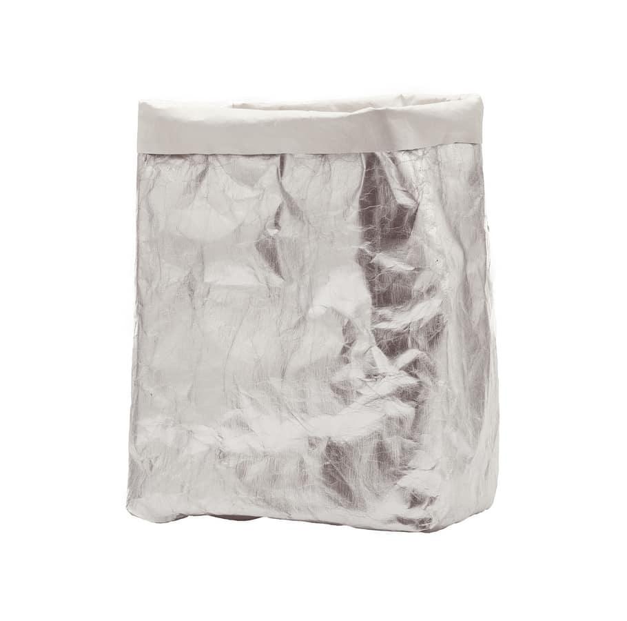 Greta, A box in shine-silver cellulose fibre